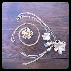 Beautiful gold flower necklaces from Express